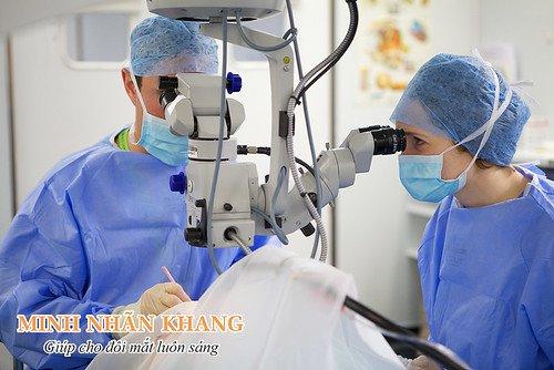 Bệnh ruồi bay mức độ nặng sẽ được chỉ định phẫu thuật